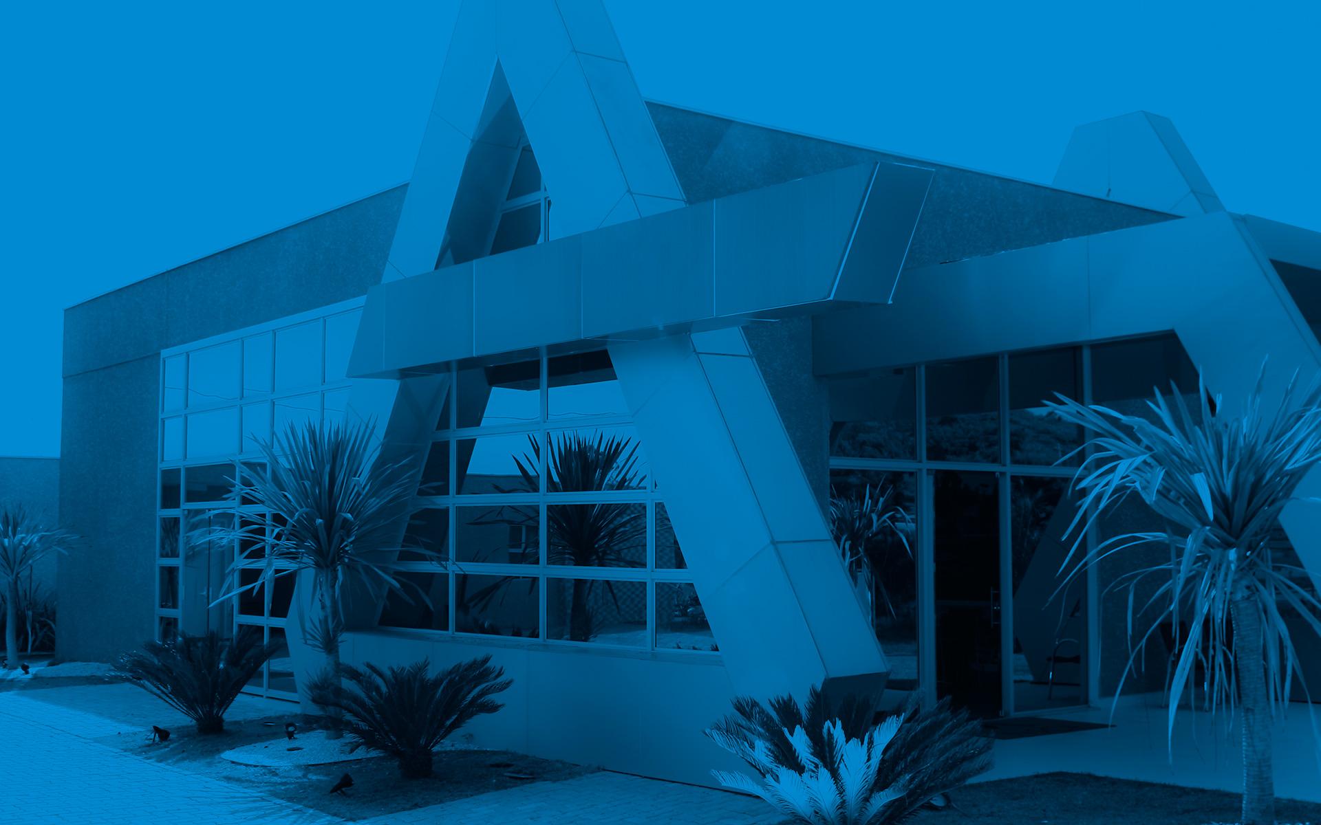 Qualidade máxima em esquadrias e fachadas
